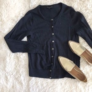 J. CREW black crew neck wool blend cardigan